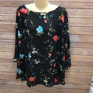 1x worthington sheer floral top!